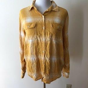 Universal Thread gold, white shirt - women M - NWT